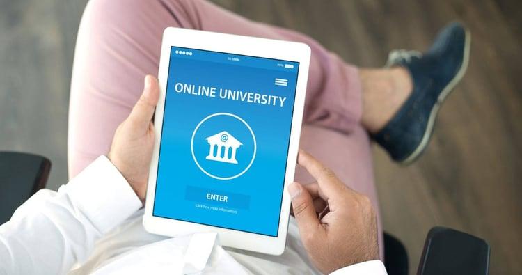 ¿Cómo saber si una carrera online es válida?