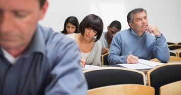 Consejos para estudiar una carrera presencial después de varios años