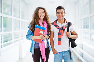 Descubre las ventajas de estudiar en la sede de IPLACEX en Santiago