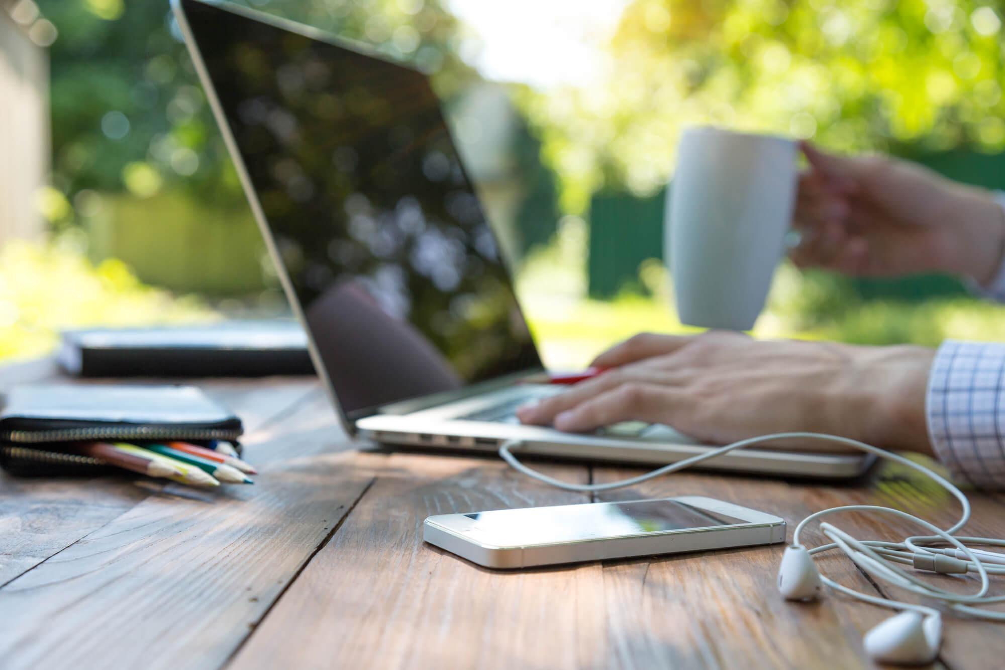 EL E-LEARNING COMO ALTERNATIVA VIABLE Y CONFIABLE