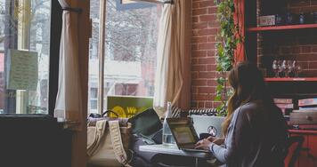 ¿Conviene estudiar a distancia para mejorar tu grado profesional?