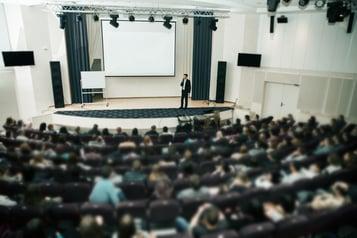 SEMINARIO INTERNACIONAL: ESTÁNDARES DE ACREDITACIÓN PARA LA EDUCACIÓN SUPERIOR ONLINE: LA EXPERIENCIA NORTEAMERICANA.