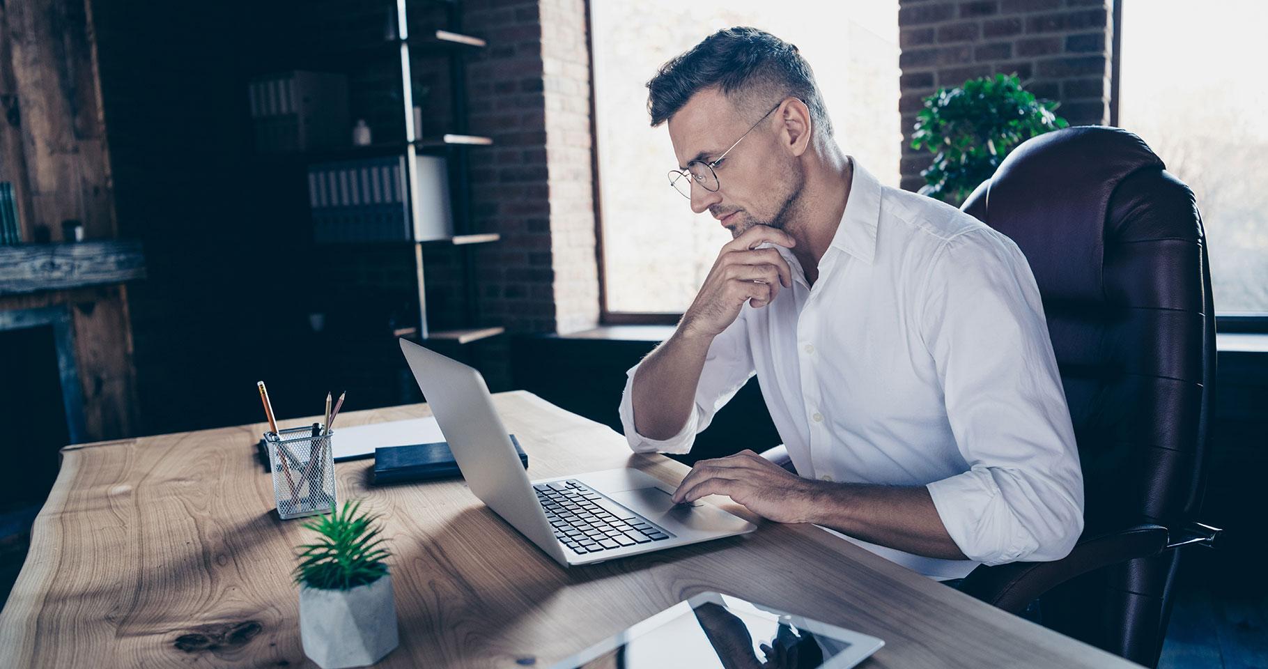 ¿Cuál es la percepción de los empleadores sobre la formación online?